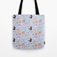 umbreon Tote Bags featuring Eeveeloution Pattern by Sophie Eves