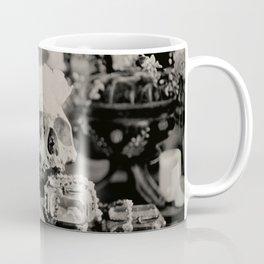 Amorem Morte esse Fortiorem (Love is Stronger than Death) Coffee Mug