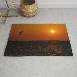 kite-surf at sunset Rug