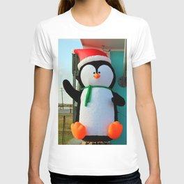 Penguin In A Santa Hat T-shirt
