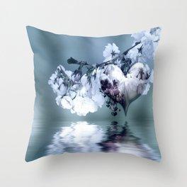Frühlingsherz blue Throw Pillow