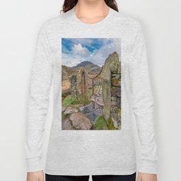 Gate To Tryfan Snowdonia Long Sleeve T-shirt
