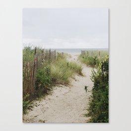Overcast Beach Morning in Rhode Island Canvas Print