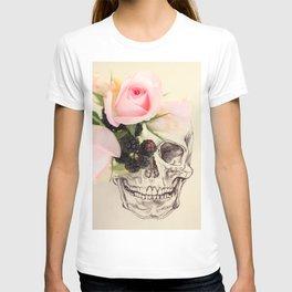 roses and blackberries T-shirt