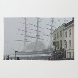 The Clipper in the snow Rug