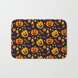 Happy halloween pumpkin, candies and lollipops pattern Bath Mat