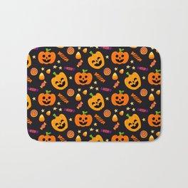 Happy halloween pumpkin, candies and lollipops pattern Bath Mat