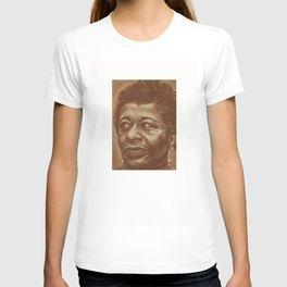 """divine """"ella""""! T-shirt"""