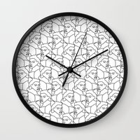 queens of the stone age Wall Clocks featuring Queens by muchö