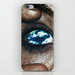 Ojos color cielo iPhone Skin