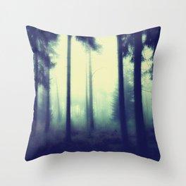 böhmische wälder II Throw Pillow