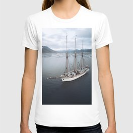 Sailing Ship in front of a Mountain Valley in Norway T-shirt