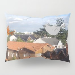 Flying with friends. Pillow Sham
