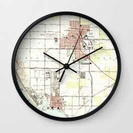 Vintage Map of Oxnard California (1949) 2 Wall Clock