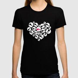 A skull in love T-shirt