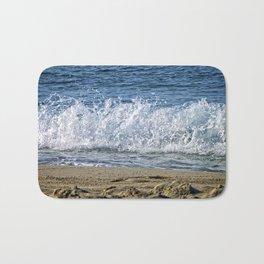 Frothy Surf Bath Mat