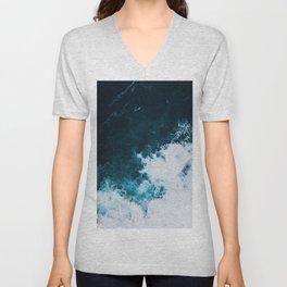 Wild ocean waves II Unisex V-Neck