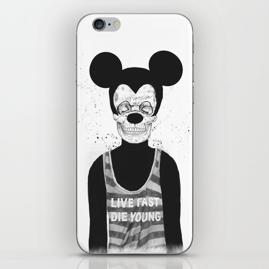 Dead mouse iPhone & iPod Skin