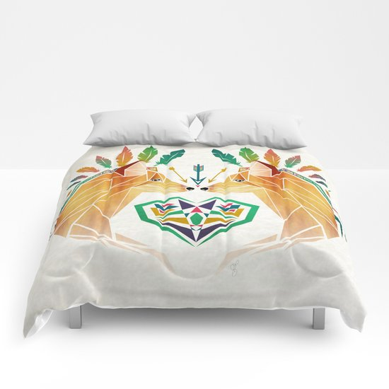 foxes in love Comforters