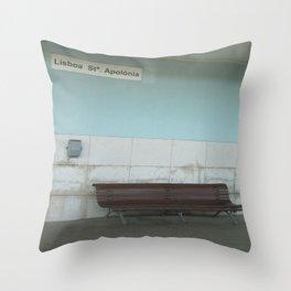 Lisboa: Santa Apolonia Throw Pillow