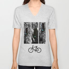 cycle to the city Unisex V-Neck
