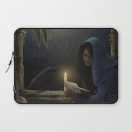 Reading in the moonlight Laptop Sleeve