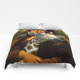 Mona Lisa Loves Giraffes Comforters