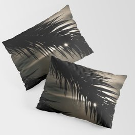 Take a look - nature photography - Pillow Sham