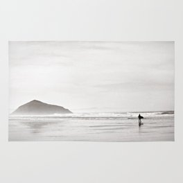 Morning Surf, near Tofino, BC, Canada Rug