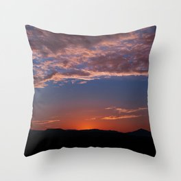 SW Summer Mt Sunrise - I Throw Pillow