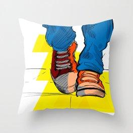 Follow the yellow brick road Throw Pillow