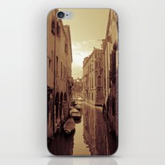 Venetian Anamnesis iPhone & iPod Skin
