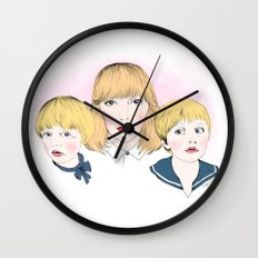 Mina bestyr Wall Clock