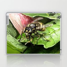 Wasp on flower16 Laptop & iPad Skin