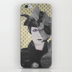 LOUSIE TRANENPALAST iPhone & iPod Skin