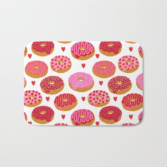 Red donuts pattern with hearts gifts to say i love you on valentines day Bath Mat