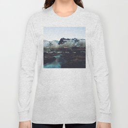Iceland // Vik Long Sleeve T-shirt