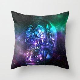 vaporwave skull Throw Pillow