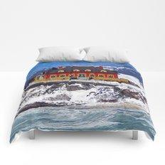 Le Chateau and the Sea Comforters