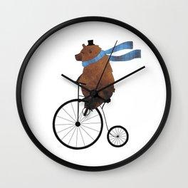 Cheltenham rides out Wall Clock