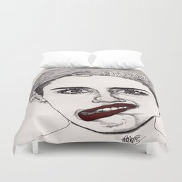 Miley with Red Lips Duvet Cover