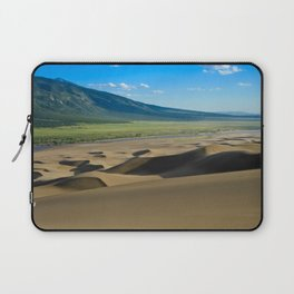 Great Sand Dunes against mountains Laptop Sleeve