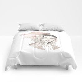 Portrait - Rose Gold Comforters