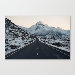 The road to Mt Cook Canvas Print