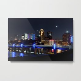 Des Moines Night Skyline Metal Print