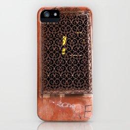 Finestra iPhone Case