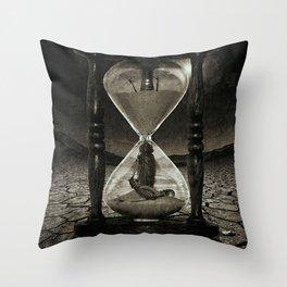 Sands of Time ... Memento Mori - Monochrome Throw Pillow