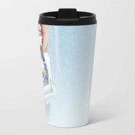 Karlie Kloss in D&G Travel Mug