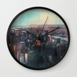 Spray paint the City Wall Clock