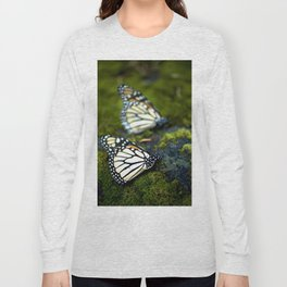 Monarch Butterfies Long Sleeve T-shirt